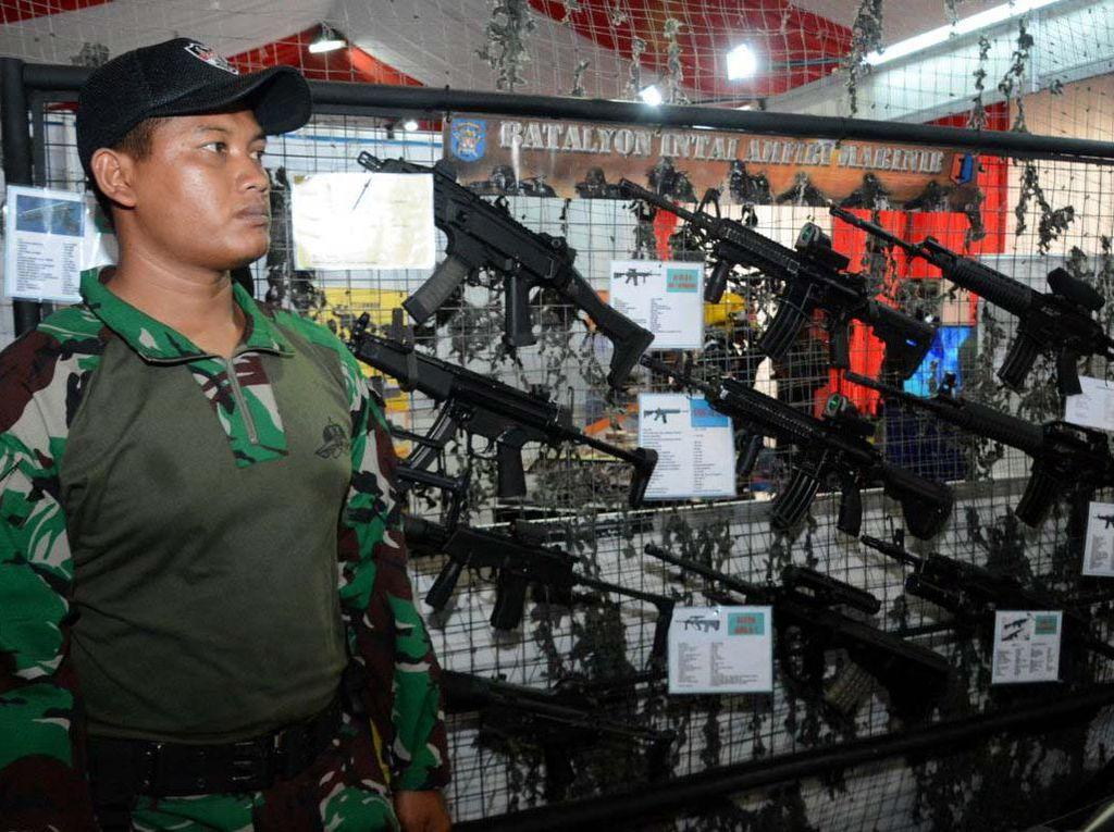 Satjar Divif 2 Kostrad Ikuti Pameran Alutsista TNI Wilayah Timur