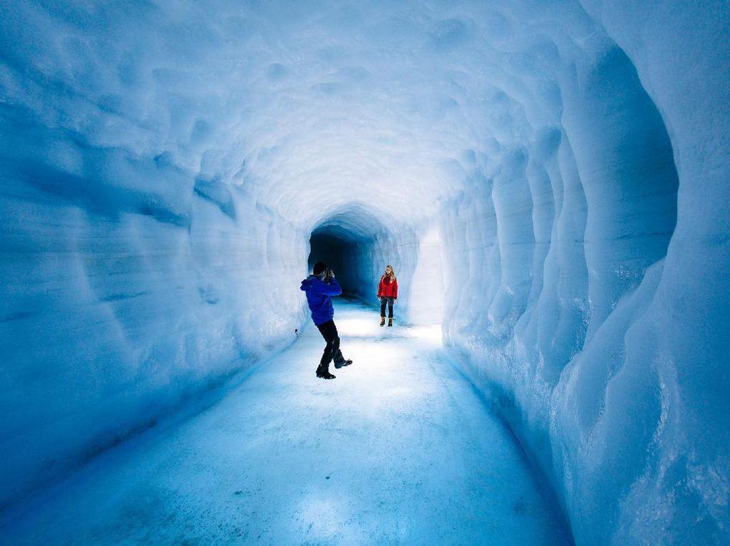 Foto: Gua Es Buatan Terbesar di Dunia