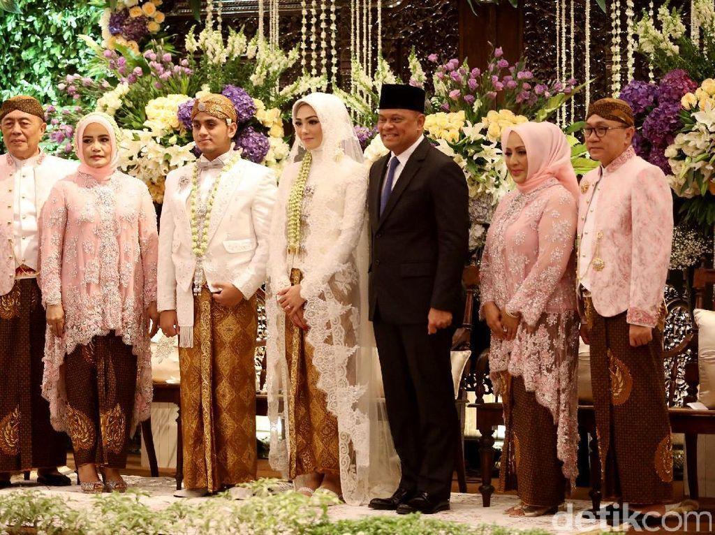 Panglima TNI Hingga Ketua DPD di Pernikahan Putra Zulkifli Hasan