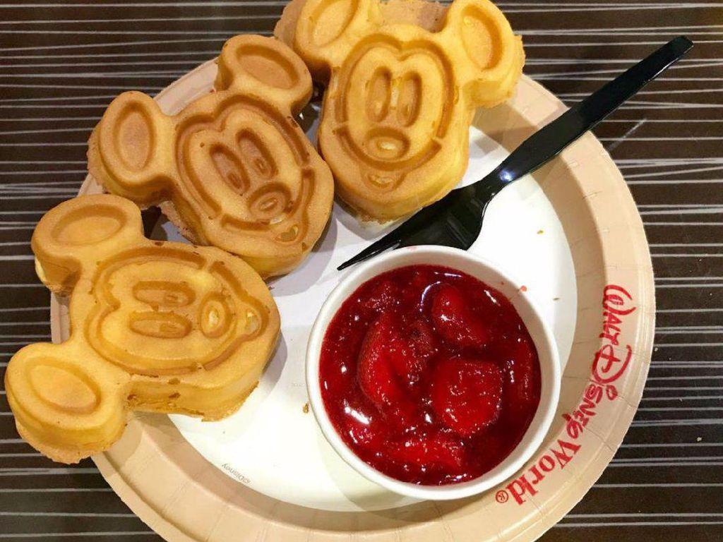 Waffle Mickey, Turkey Leg hingga Cronut, Camilan Ikonik dari Disney World