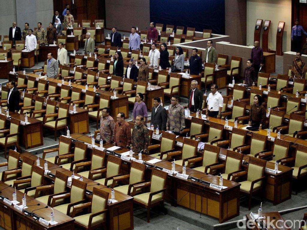 357 Anggota DPR Absen di Paripurna Pansus Angket KPK