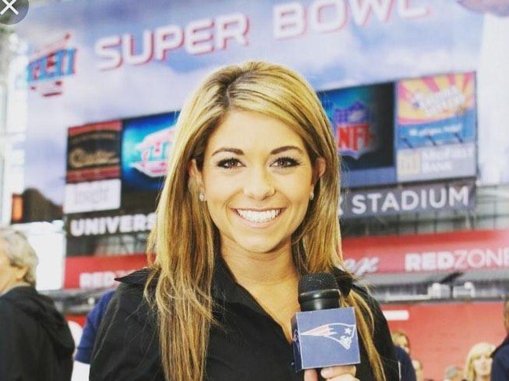 Kristina Fitzpatrick pernah menjadi reporter lepas di MASN dan SEC Network. Kini, dia sudah bekerja di FoxSport dan menjadi pembawa acara di jaringan Fox. (Foto: dok. Instagram)