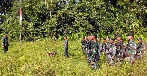 Upacara Peringatan HUT TNI di Pedalaman Papua