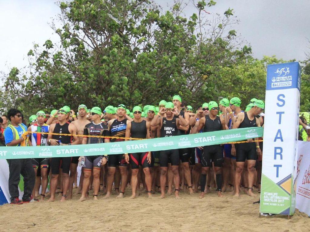 2000 Peserta Ikuti Bali International Triathlon 2017