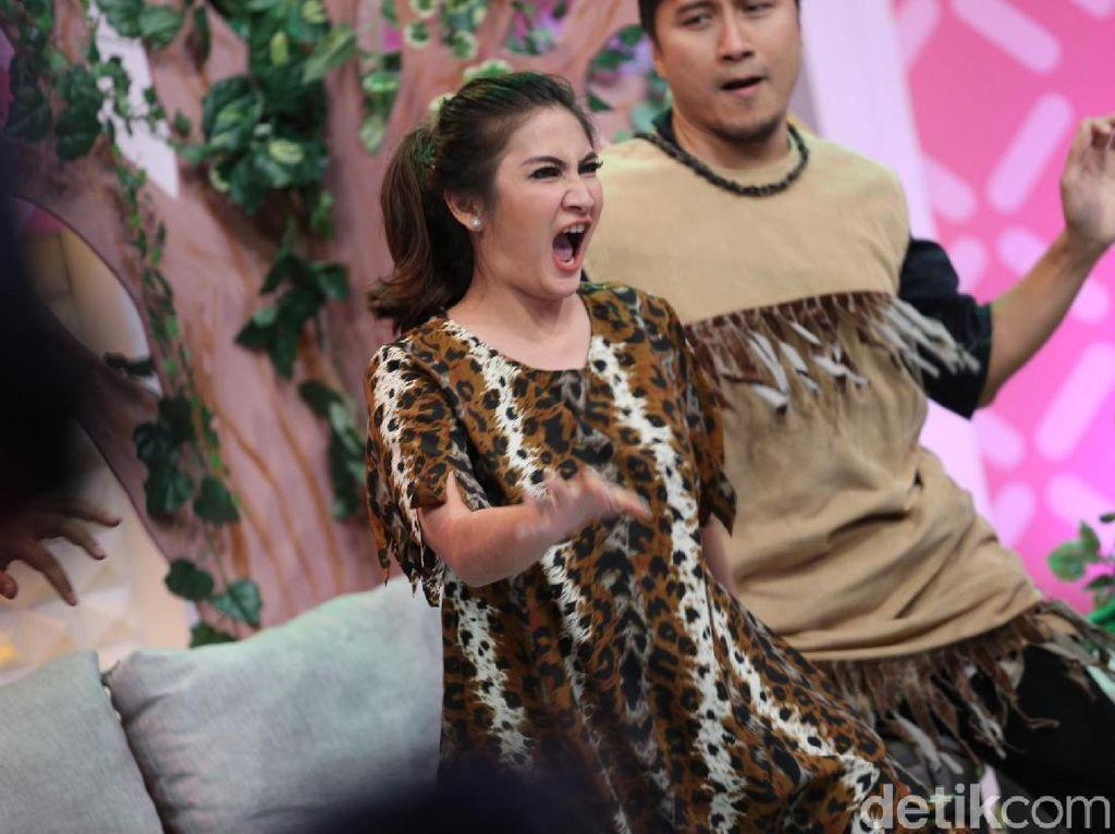 Natalie Sarah Heboh Banget Sih!