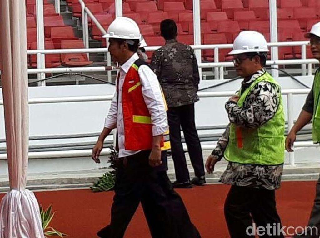 Jokowi Temui Ribuan Kuli Bangunan di GBK