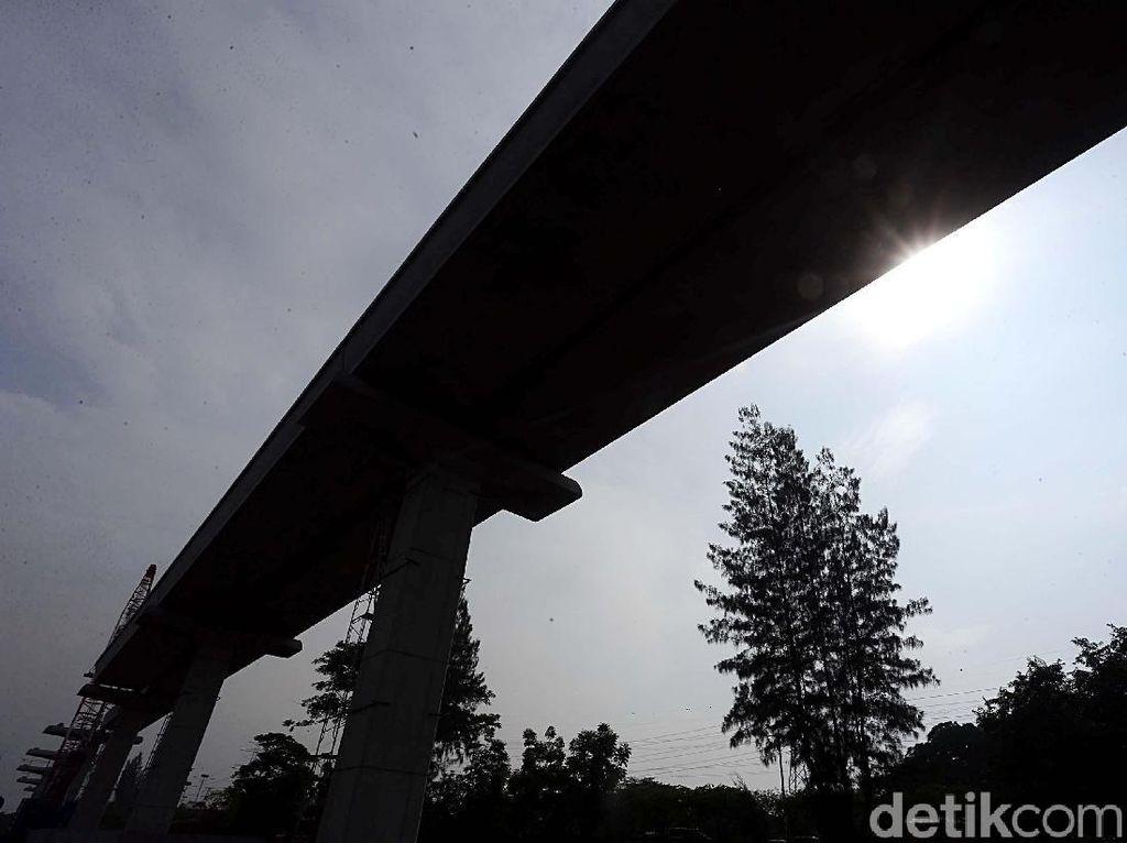 Pembangunan LRT Jabodebek Terus Bergerak