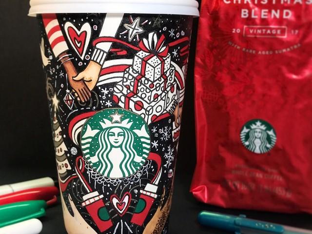 Melihat Uniknya Tampilan Holiday Cups Starbucks Dari Masa ke Masa