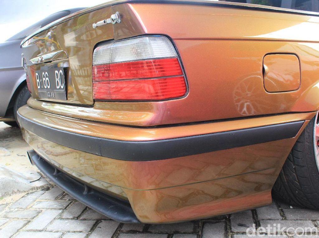 Dirinya mengatakan pada tampilan muka tidak banyak perubahan yang dilakukan Putra pada BMW M3 E36 2001 miliknya. Perubahan yang dilakukannya juga tidak lepas dari tema BMW M3. Melainkan hanya melakukan perubahansedikit pada interior dan kaki-kaki, namun pada bagian ekterior perbedaan sangat terlihat pada bagian ekterior dengan terselip bak layaknya mobil pikap.Foto: Khairul Imam Ghozali