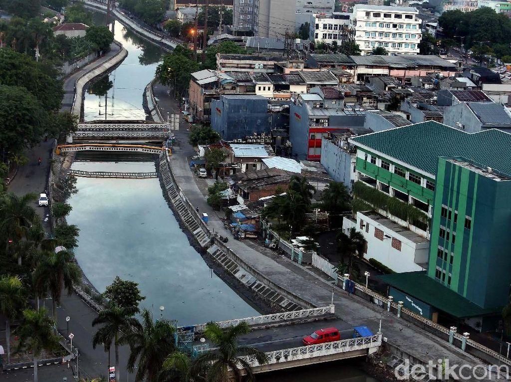 Program normalisasi kali dan sungai di Ibukota yang digencarkan Pemerintah Provinsi (Pemprov) DKI Jakarta semakin terlihat dampaknya.