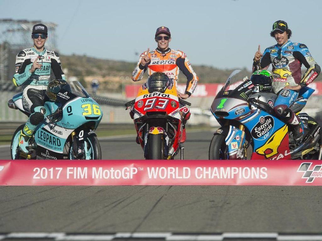 Inilah tiga raja tersebut: Joan Mir penguasa Moto3, Franco Morbidelli kampiun Moto2, dan Marquez rajanya MotoGP musim 2017. (Mirco Lazzari gp/Getty Images)
