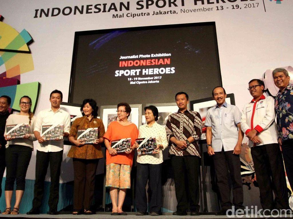 Imam hadir untuk membuka pameran foto Indonesian Sport Heroes.
