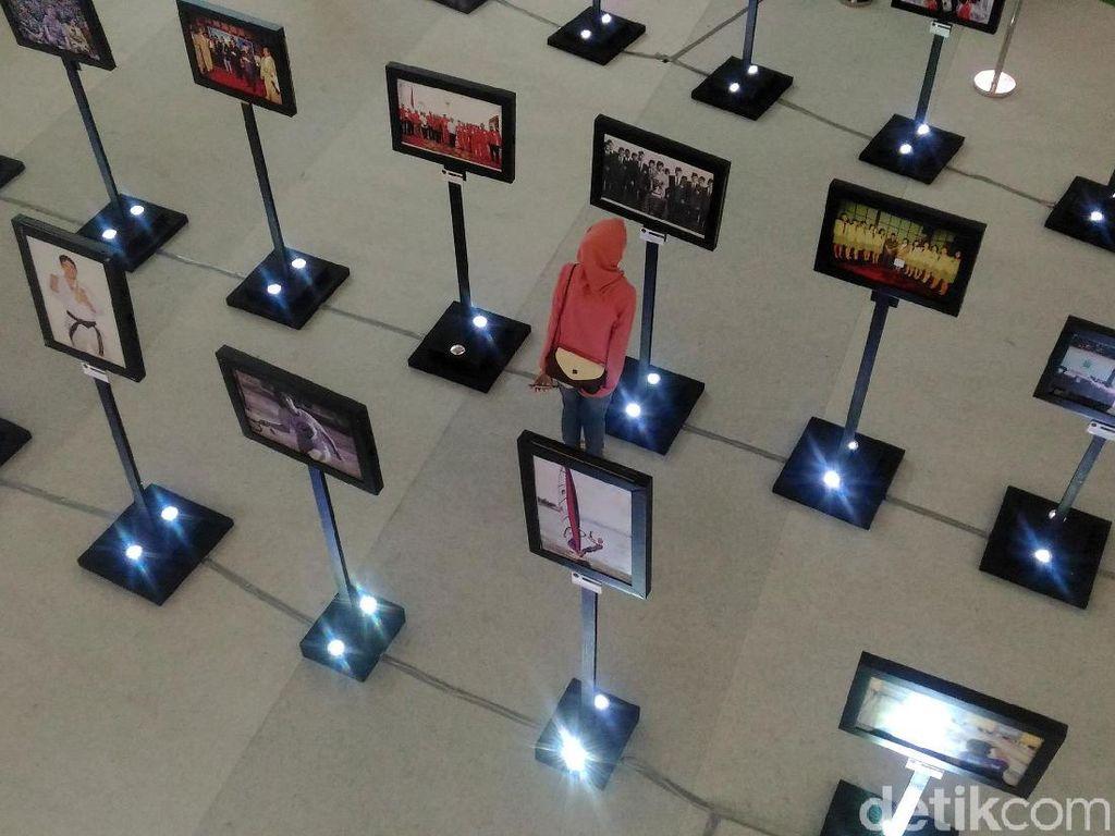 Sebanyak 150 foto hasil karya 34 fotografer dan jurnalis dipamerkan.